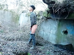 Guy caught on camera cumming and pissing on his boots in an abandoned place